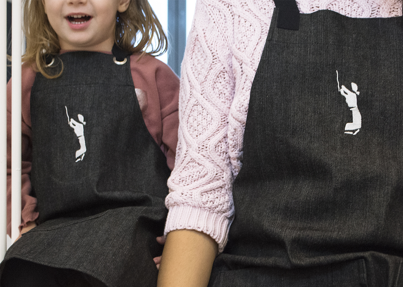 mum/dad & kid apron set _ christmas_gift